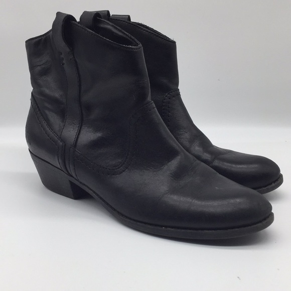 Kenneth Cole Reaction Talespin Western Ankle Boots